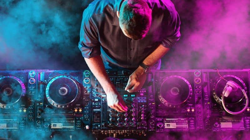Dịch Vụ Cho Thuê DJ 7