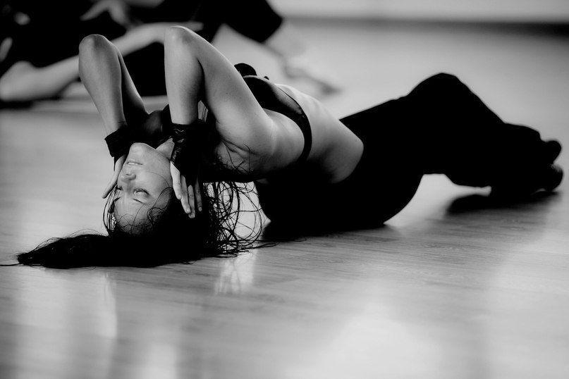 ĐÁNH THỨC BẢN NĂNG ĐÀN BÀ - LỢI ÍCH CỦA STRIP DANCE, BẠN CÓ BIẾT? 1