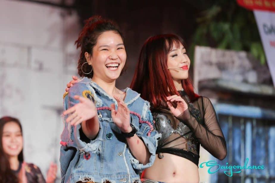 Dịch vụ cung cấp nhóm tấu hài, nhóm biểu diễn hài chuyên nghiệp Sài Gòn
