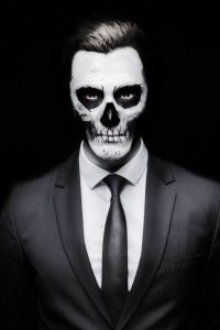 dịch vụ hóa trang Halloween
