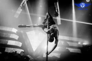 CHO THUÊ CỘT MÚA DI ĐỘNG - CỘT BỤC DIỂU DIỄN TRONG SỰ KIỆN, CHO THUÊ CỘT DI ĐỘNG DÙNG CHO MÚA CỘT POLE DANCE 4
