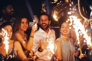 WE PROVIDE VIP PARTY ORGANIZATION SERVICES, INCLUDING ORGANIZING LUXURY PARTIES 3